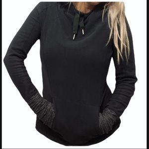 Lululemon size 4 Fleece pullover